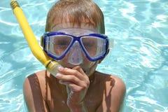 η διασκέδαση κολυμπά με &alph Στοκ φωτογραφίες με δικαίωμα ελεύθερης χρήσης