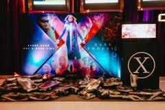 Η διαφήμιση της διακόσμησης για τον κινηματογράφο κάλεσε τα Χ-άτομα το σκοτεινούς Phoenix και επιδείξεις στον κινηματογράφο για ν στοκ εικόνες
