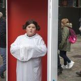 η διαφημιστική επιχείρηση ` Star Wars ` κοντά στον κήπο Covent Οι ανεμιστήρες θέτουν Στοκ φωτογραφία με δικαίωμα ελεύθερης χρήσης