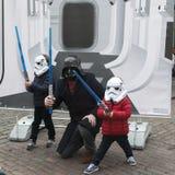 η διαφημιστική επιχείρηση ` Star Wars ` κοντά στον κήπο Covent Οι ανεμιστήρες θέτουν Στοκ Εικόνες