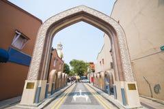 Η είσοδος στο μουσουλμανικό τέμενος σουλτάνων στη Σιγκαπούρη Στοκ φωτογραφία με δικαίωμα ελεύθερης χρήσης