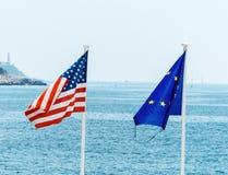 Η ΕΕ, η Γαλλία και οι ΗΠΑ σημαιοστολίζουν Στοκ Φωτογραφίες
