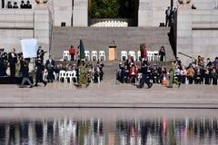 Η εθνική επιφύλαξη αναγκάζει την παρέλαση ημέρας στο μνημείο ANZAC στοκ εικόνα με δικαίωμα ελεύθερης χρήσης