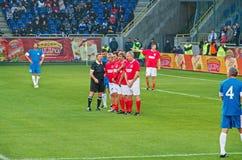 Η εθνική ομάδα της ΕΣΣΔ υπερασπίζει το στόχο ποδοσφαίρου στοκ φωτογραφίες