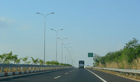 Η εθνική οδός αριθ. 1A στο Βιετνάμ Στοκ Εικόνες