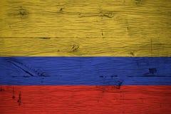 Η εθνική σημαία της Κολομβίας χρωμάτισε το παλαιό δρύινο ξύλο Στοκ Εικόνα