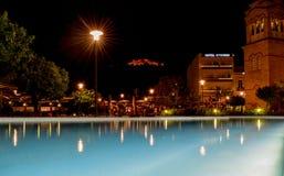 Η εικονική παράσταση πόλης νύχτας Argos Στοκ Εικόνες