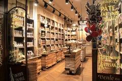 Η ειδικότητα chocolaterie ψωνίζει, με τη scrumptious ποικιλία, LE Comptoir de Mathilde, Παρίσι, Γαλλία, το 2016 Στοκ Φωτογραφία