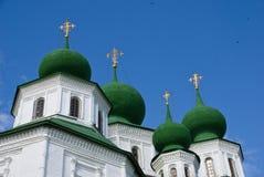 η εκκλησία γωνίας χαμηλών&ep Στοκ εικόνα με δικαίωμα ελεύθερης χρήσης