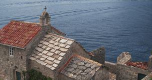 Η εκκλησία της κυρίας αγγέλων μας στον κόλπο Kotor φιλμ μικρού μήκους