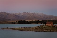 Η εκκλησία του καλού ποιμένα στη λίμνη Tekapo στη Νέα Ζηλανδία στοκ εικόνες με δικαίωμα ελεύθερης χρήσης