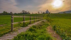 Η εκκλησία του ST Hubert σε Idsworth κοντά σε Finchdean στο νότο κατεβάζει το εθνικό πάρκο, UK στοκ εικόνα