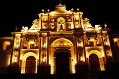 Η εκκλησία νύχτας στοκ εικόνες με δικαίωμα ελεύθερης χρήσης