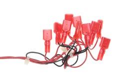 Ηλεκτρικά καλώδια με τα κόκκινα τερματικά Στοκ φωτογραφίες με δικαίωμα ελεύθερης χρήσης