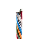 Ηλεκτρικές άκρες καλωδίων, που απομονώνονται στο λευκό Η ζωηρόχρωμη δέσμη εκλέγει Στοκ φωτογραφία με δικαίωμα ελεύθερης χρήσης
