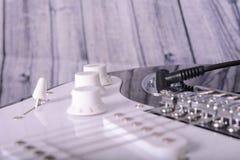 ηλεκτρικές κιθάρες Στοκ φωτογραφίες με δικαίωμα ελεύθερης χρήσης