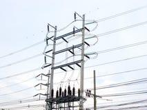 Ηλεκτρική βιομηχανία εργοστασίων παραγωγής ηλεκτρικού ρεύματος Στοκ εικόνες με δικαίωμα ελεύθερης χρήσης