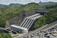 Ηλεκτρική ενέργεια από το νερό δύναμης Στοκ Εικόνες
