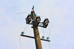 ηλεκτρική ενέργεια δύο φωτισμού καλωδίων Στοκ Φωτογραφία
