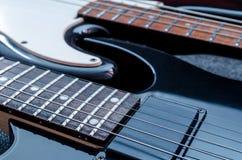 Ηλεκτρική κιθάρα και βαθιά κιθάρα Στοκ φωτογραφία με δικαίωμα ελεύθερης χρήσης