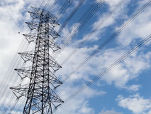 Ηλεκτρική υψηλή μετάδοση Στοκ εικόνα με δικαίωμα ελεύθερης χρήσης