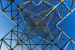 ηλεκτρική υψηλή τάση πύργων Στοκ εικόνες με δικαίωμα ελεύθερης χρήσης