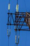 Ηλεκτρικός μονωτής στα καλώδια Στοκ φωτογραφία με δικαίωμα ελεύθερης χρήσης
