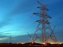 Ηλεκτρικός πύργος κάτω από την κατασκευή Στοκ φωτογραφία με δικαίωμα ελεύθερης χρήσης