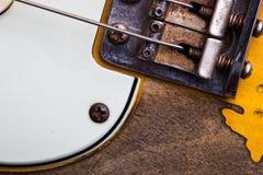 ηλεκτρικός τρύγος κιθάρ&omega Στοκ εικόνες με δικαίωμα ελεύθερης χρήσης