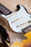 ηλεκτρικός τρύγος κιθάρ&omega Στοκ φωτογραφίες με δικαίωμα ελεύθερης χρήσης