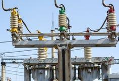 Ηλεκτρικός υποσταθμός υψηλής τάσης στοκ εικόνες