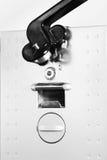 Ηλεκτρικό ανοιχτήρι δοχείων Στοκ φωτογραφία με δικαίωμα ελεύθερης χρήσης