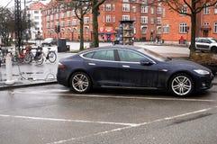 Ηλεκτρικό αυτοκίνητο τέσλα Στοκ Εικόνα