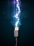 Ηλεκτρικό καλώδιο με την καμμένος αστραπή ηλεκτρικής ενέργειας Στοκ Εικόνες