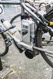 Ηλεκτρικό ποδήλατο - λεπτομέρεια μηχανών ε-ποδηλάτων Στοκ φωτογραφία με δικαίωμα ελεύθερης χρήσης