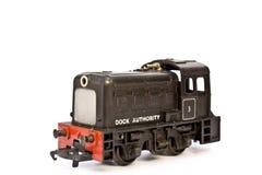 Ηλεκτρικό πρότυπο τραίνο παιχνιδιών στο άσπρο υπόβαθρο Στοκ εικόνα με δικαίωμα ελεύθερης χρήσης