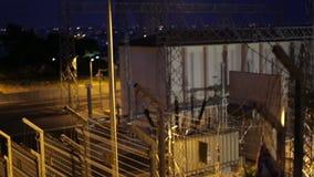 Ηλεκτροφόρα καλώδια, εγκαταστάσεις παραγωγής ηλεκτρικής ενέργειας τη νύχτα φιλμ μικρού μήκους