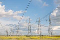Ηλεκτροφόρο καλώδιο υψηλής τάσης Στοκ Φωτογραφία