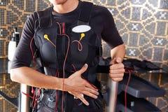 Ηλεκτρο γυναίκα κοστουμιών υποκίνησης EMS Στοκ Εικόνες