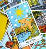 Η ελπίδα καρτών Tarot αστεριών, ευτυχία, ευκαιρίες, αισιοδοξία, ανανέωση, πνευματικότητα απεικόνιση αποθεμάτων