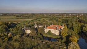 Η εναέρια άποψη Westerwinkel το κάστρο στο North Rhine-$l*Westphalia στοκ εικόνα με δικαίωμα ελεύθερης χρήσης