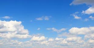 η εναέρια ανασκόπηση καλύπτει την όψη ουρανού Στοκ Φωτογραφίες