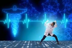 Η ενισχυτική γραμμή καρδιών καρδιογραφημάτων καρδιολόγων γιατρών Στοκ Φωτογραφία