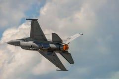 Η εξέλιξη του γερακιού F-16 Στοκ Εικόνες