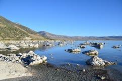 η εξαιρετική λίμνη Καλιφόρνιας του 2008 μονο τοποθετεί τη δύση Στοκ εικόνα με δικαίωμα ελεύθερης χρήσης