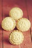 Η εορταστική ζύμη shortcrust κομματιάζει τις πίτες Ένα γλυκό κομματιάζει την πίτα, ένα tradi Στοκ φωτογραφία με δικαίωμα ελεύθερης χρήσης