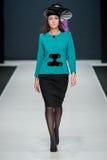 Η επίδειξη μόδας Pierre Cardin στην εβδομάδα μόδας της Μόσχας Με αγάπη για τη Ρωσία στις 22 Μαρτίου 2016 Στοκ Εικόνα
