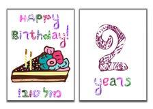 Η επιγραφή χρόνια πολλά Mazl Tov στα εβραϊκά στη μετάφραση σας εύχομαι την ευτυχία Ένα κομμάτι του κέικ με τα κεριά ελεύθερη απεικόνιση δικαιώματος