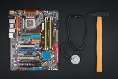 Η επισκευή ή συντρίβει τον υπολογιστή Στοκ Φωτογραφία