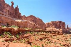 Η επισκόπηση λεωφόρων πάρκων, σχηματίζει αψίδα το εθνικό πάρκο, Moab, Γιούτα ΗΠΑ στοκ φωτογραφίες με δικαίωμα ελεύθερης χρήσης
